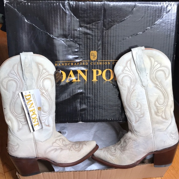 a6916fd2e1f Handcrafted cushion comfort Dan Post cowboy boots NWT